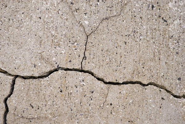 Surrey Concrete Contractors were called in for a sidewalk repair as the concrete had a major crack in it.